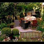 Holzgartenmöbel