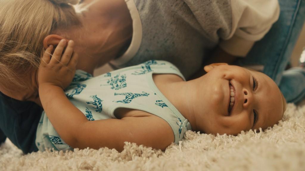 Wer sein Baby liebt gibt im Milupa